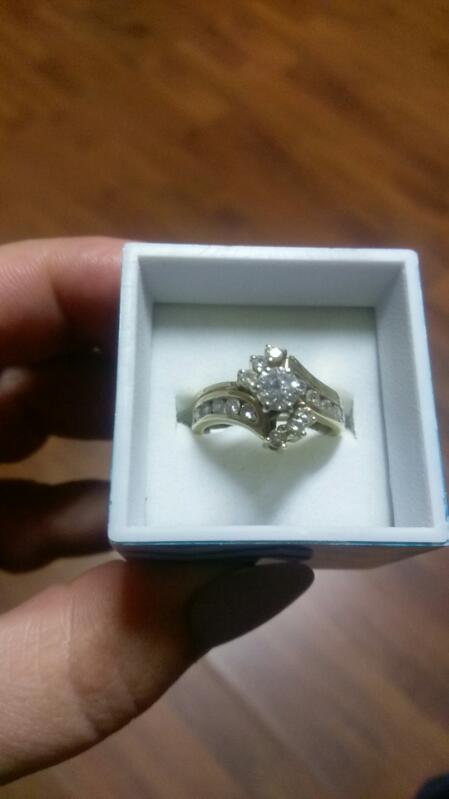 Lady's Diamond Wedding Set 17 Diamonds 1.44 Carat T.W. 14K Yellow Gold 7.2g