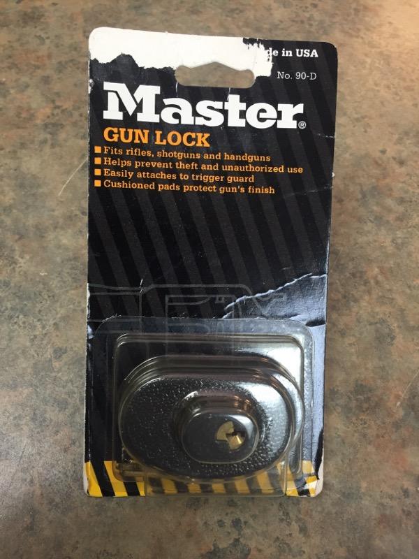 MASTER Accessories 90-D GUN LOCK