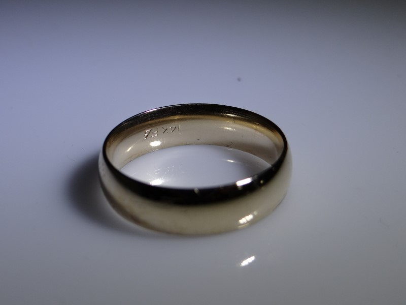 Gent's Gold Wedding Band 14K Yellow Gold 6.53g