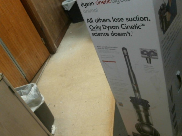 DYSON Vacuum Cleaner CINETIC BIG B