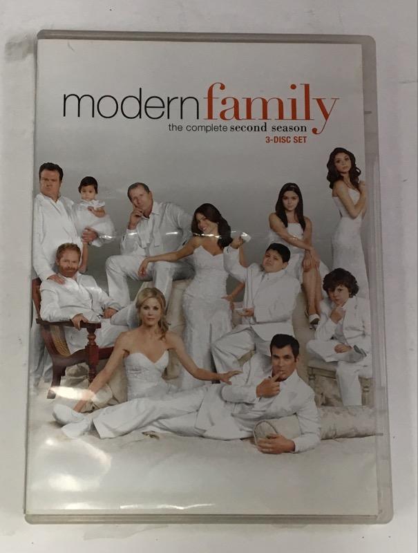 DVD BOX SET DVD MODERN FAMILY SECOND SEASON