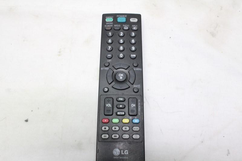 LG Flat Panel Television 24MA31D