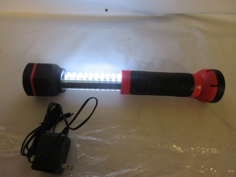 MOBILE POWER Flashlight LIGHTBOLT 4030