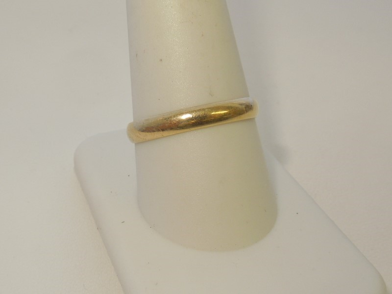 Gent's Gold Wedding Band 14K Yellow Gold 2.3g Size:10