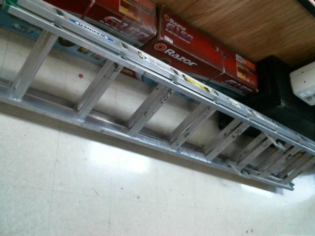 WERNER LADDER Ladder 16' EXTENSION LADDER