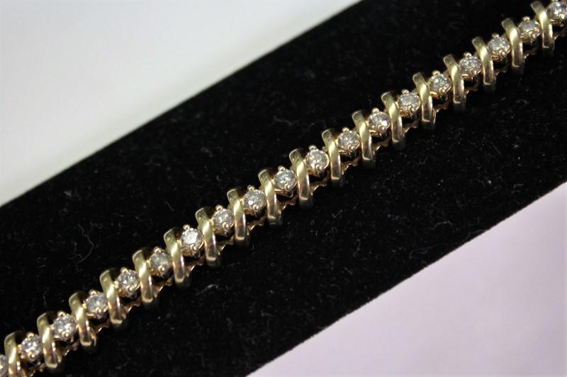 Gold-Diamond Bracelet 39 Diamonds, 14K Yellow Gold