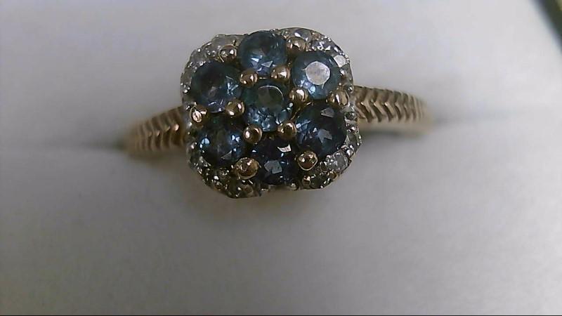 Alexandrite Lady's Stone & Diamond Ring 12 Diamonds .12 Carat T.W.