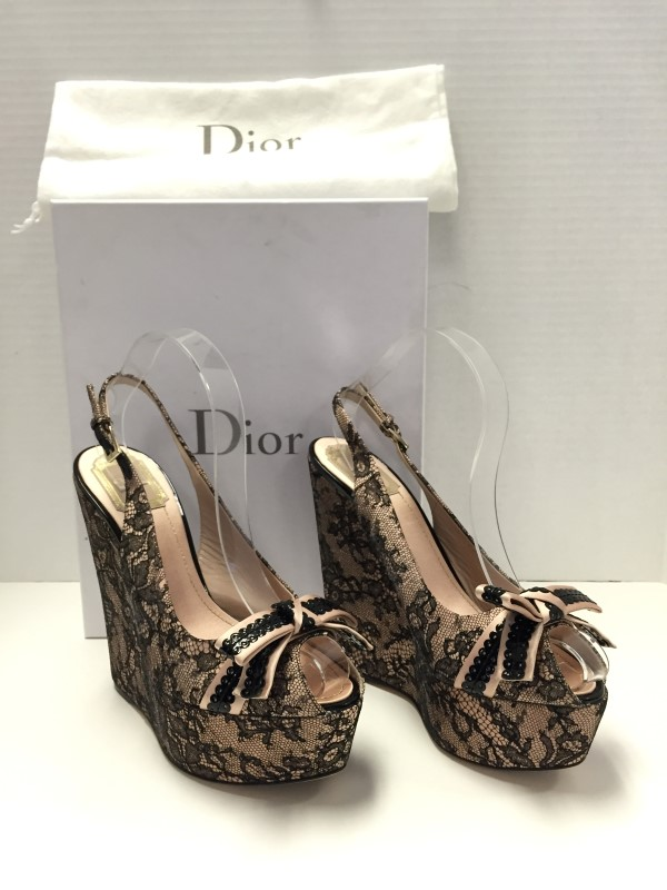 DIOR LACE AND PINK SATIN BOUDOUR WEDGE SIZE 39EU - 8.5US