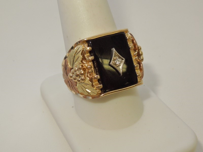 Synthetic Onyx Gent's Stone & Diamond Ring .02 CT. 10K Tri-color Gold 10.7g