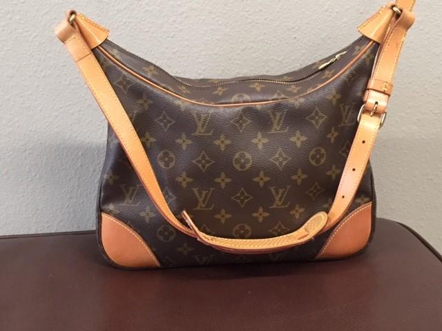 LOUIS VUITTON Handbag BOULOGNE 30