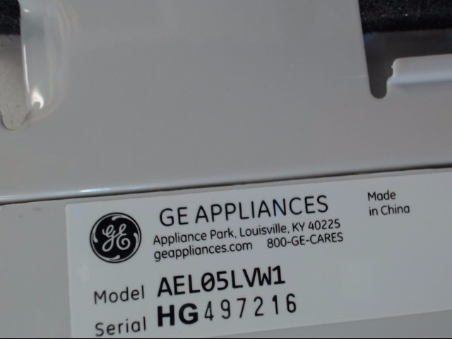 GE Air Conditioner AEL05LVW1
