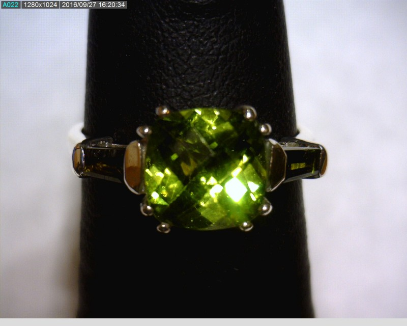 Green Stone Lady's Silver & Stone Ring 925 Silver 1.61dwt Size:5