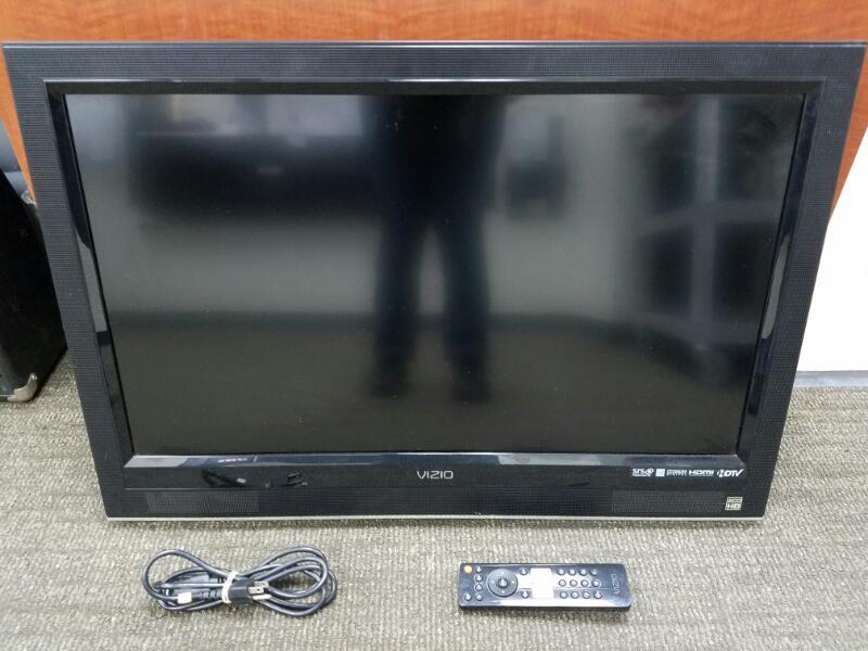 VIZIO Flat Panel Television VO320E