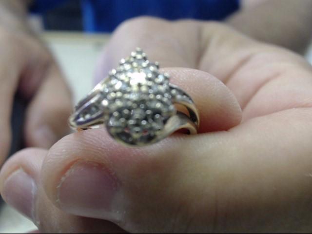 Lady's Diamond Cluster Ring 29 Diamonds .145 Carat T.W. 10K Yellow Gold 2.2g