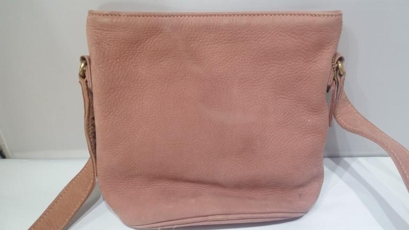 Coach 4933 Sonoma Nubuck Suede Pebbled Leather Pink Rose Shoulder Bag Purse