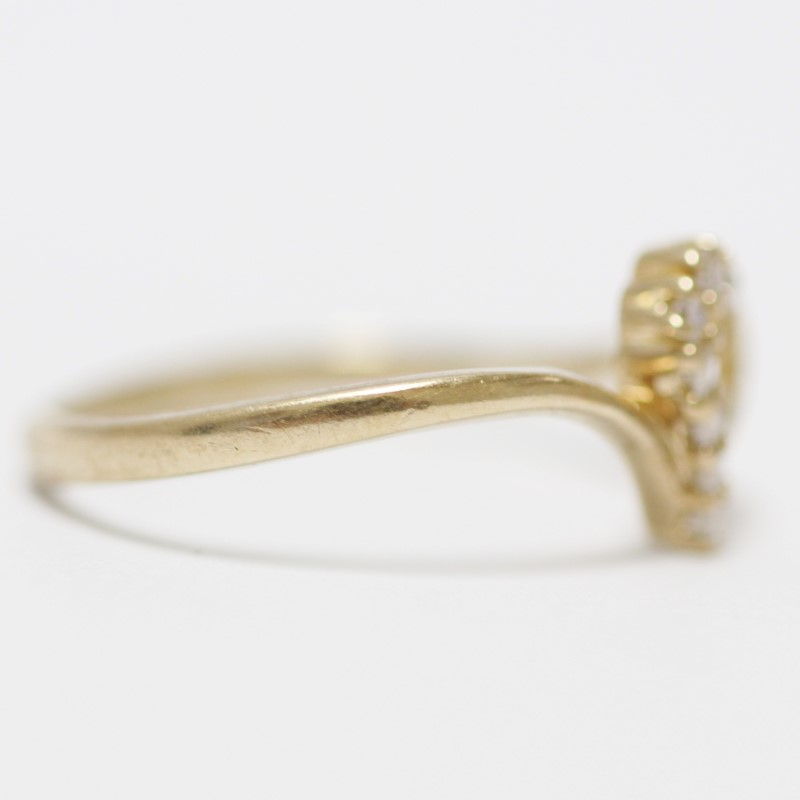 10K Yellow Gold Lovely Heart & Round Cut Diamond Ring Size 6
