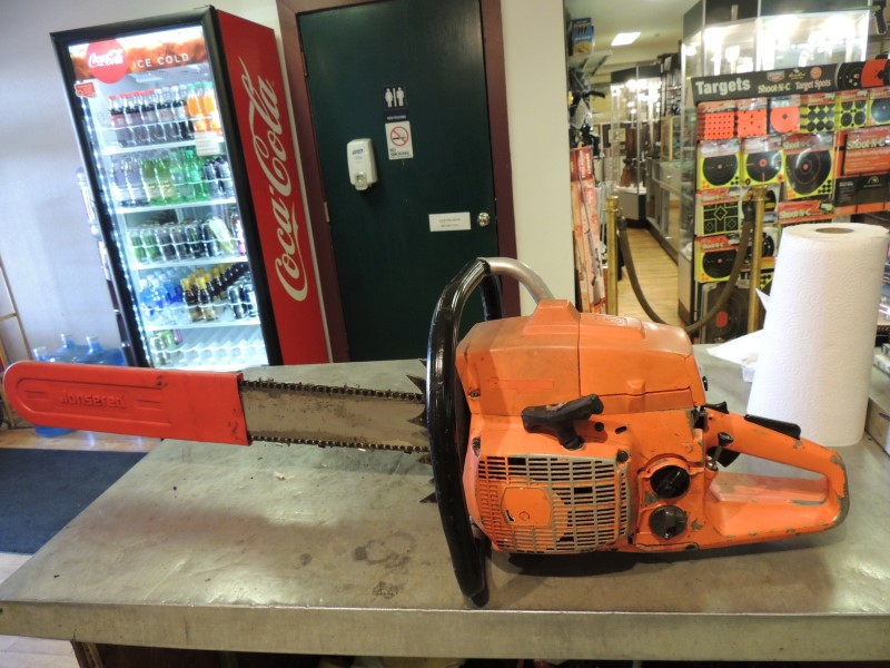 HUSQVARNA Chainsaw 2100