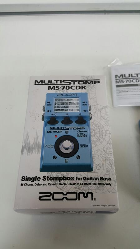 Zoom MS-70CDR Multi-Stomp Chorus/Delay/Reverb Electric Guitar Effects Pedal