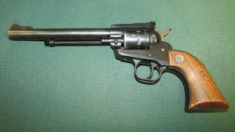 RUGER Revolver SINGLE-SIX