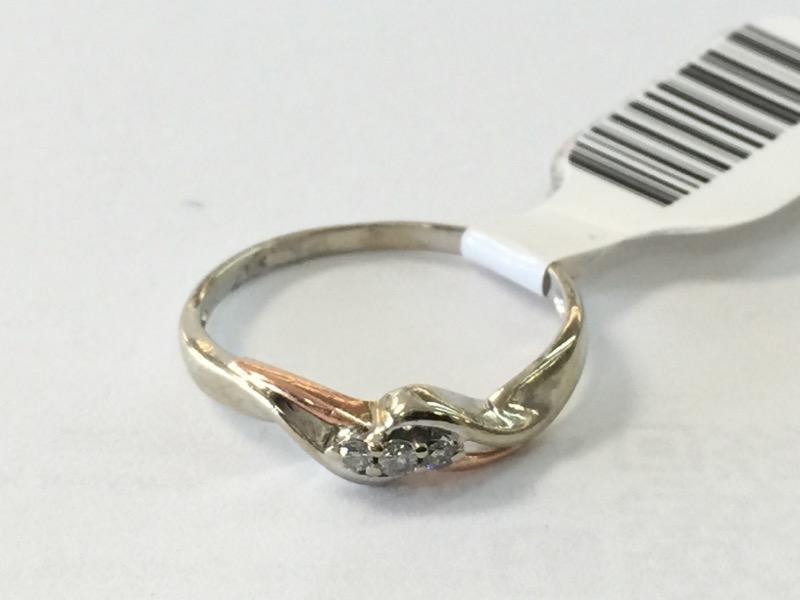 LDS 10KT Lady's Diamond Fashion Ring 3DIA CHIPS 3 Diamonds .03 Carat T.W.