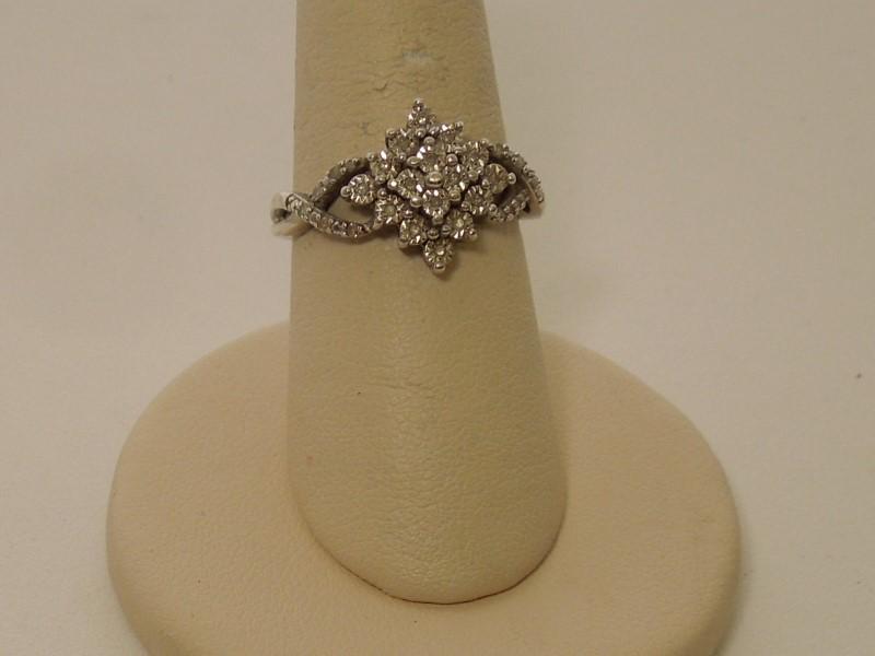 Lady's Silver-Diamond Ring 28 Diamonds .140 Carat T.W. 925 Silver 3.7g