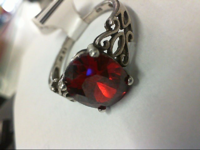 Red Stone Lady's Silver & Stone Ring 925 Silver 4.2g
