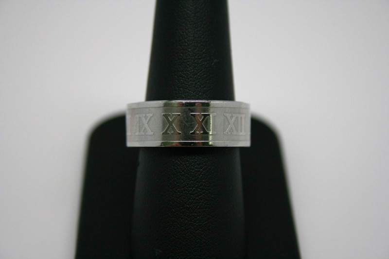 STAINLESS STEEL RING W/ ROMAN NUMERALS