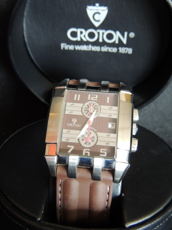 Croton CC311245BRBR Chronograph Japanese Quartz Stainless Brown Rubber Watch