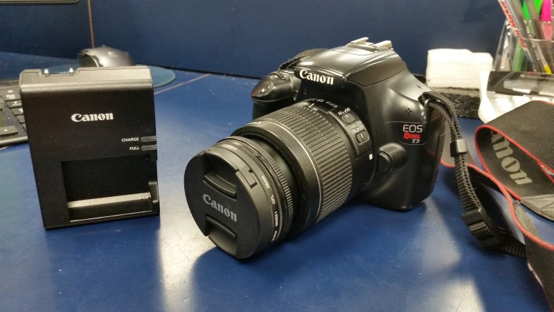 CANON EOS REBEL T3 WITH 18-55MM LENS AND CHARGER