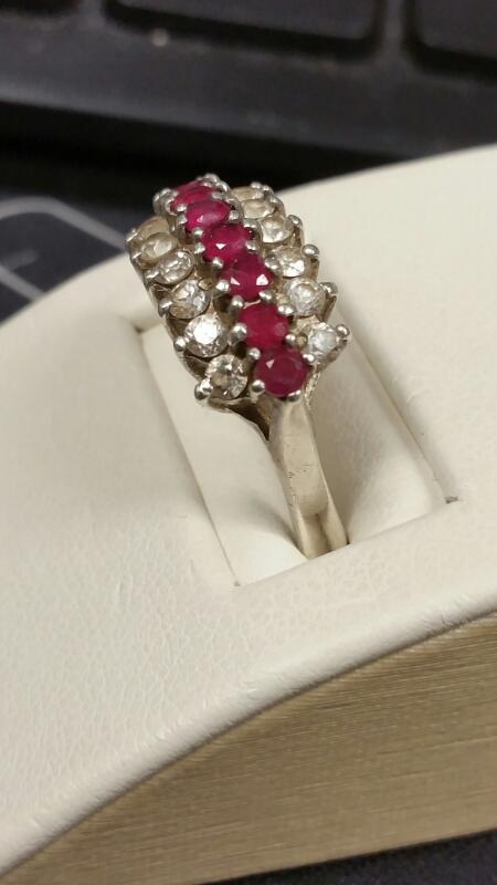Lady's Silver Ring 925 Silver 2.5dwt Size:9