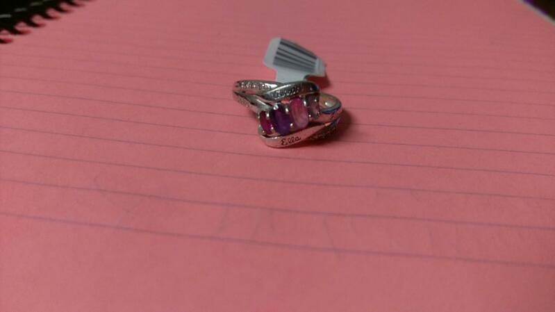 Lady's STERLING Silver Ring 2.3g W/RED,PURPLE,PINK & BLUE STONE