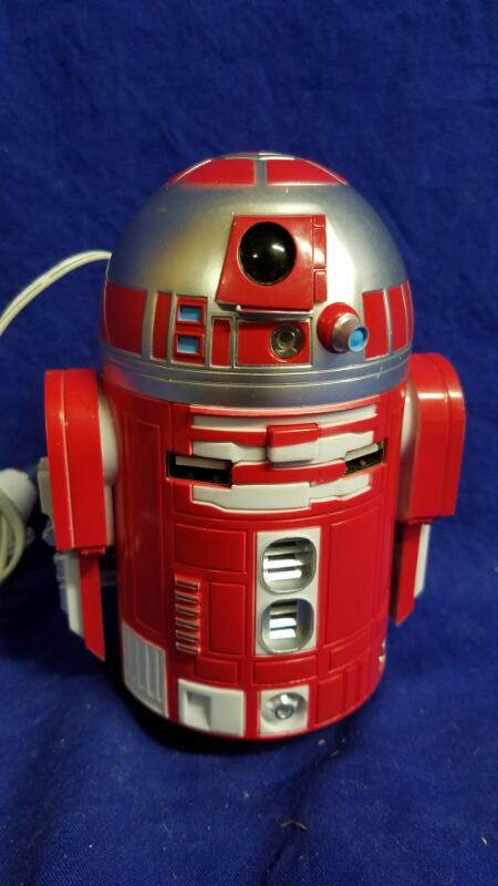 STAR WARS R2-D9 USB CAR CHARGER