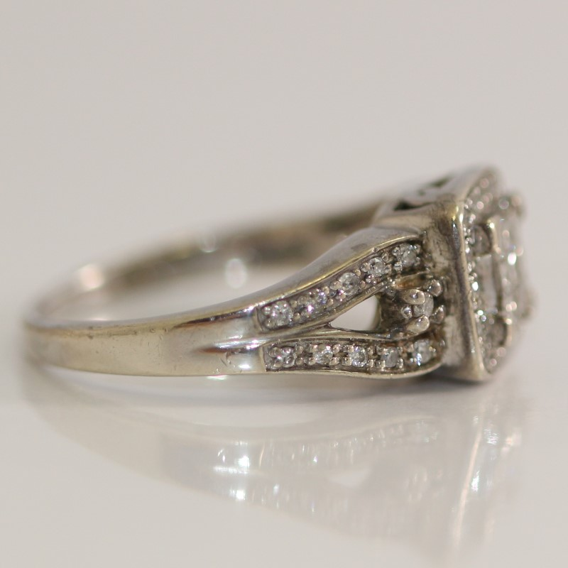 Vintage Inspired Sterling Silver Princess & Round Diamond Ring Size7