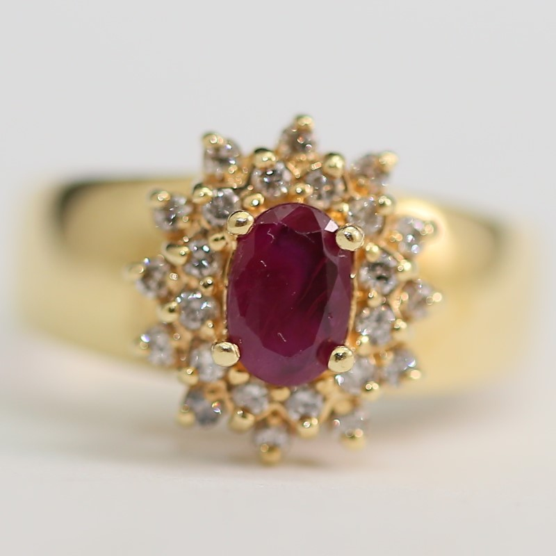 14K Yellow Gold Oval Cut Ruby and Brilliant Diamond Ring Size 7.75
