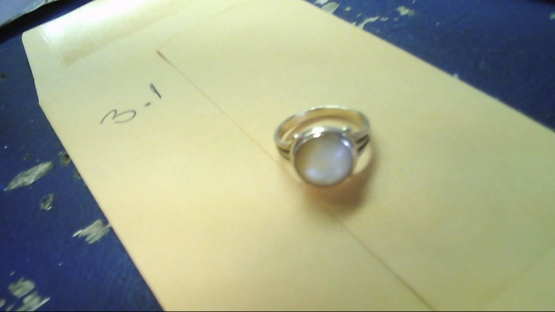 Synthetic Agate Lady's Stone Ring 10K Yellow Gold 3.1g
