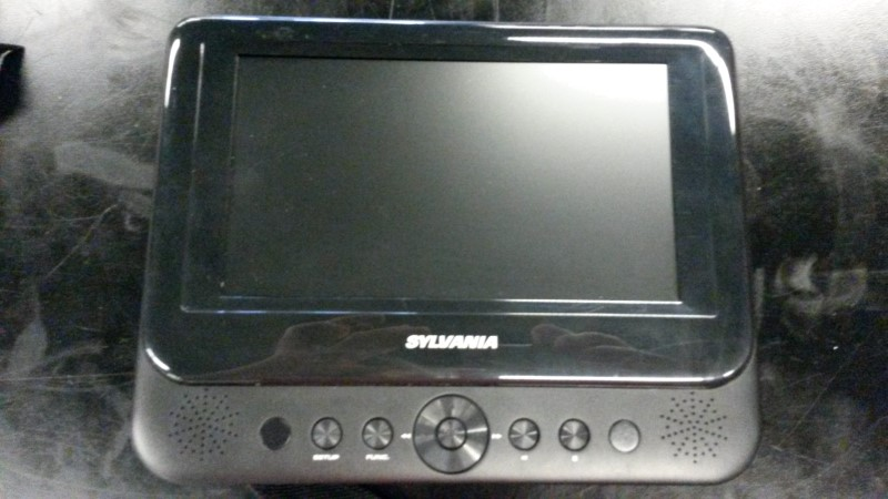 SYLVANIA Portable DVD Player SDVD8741