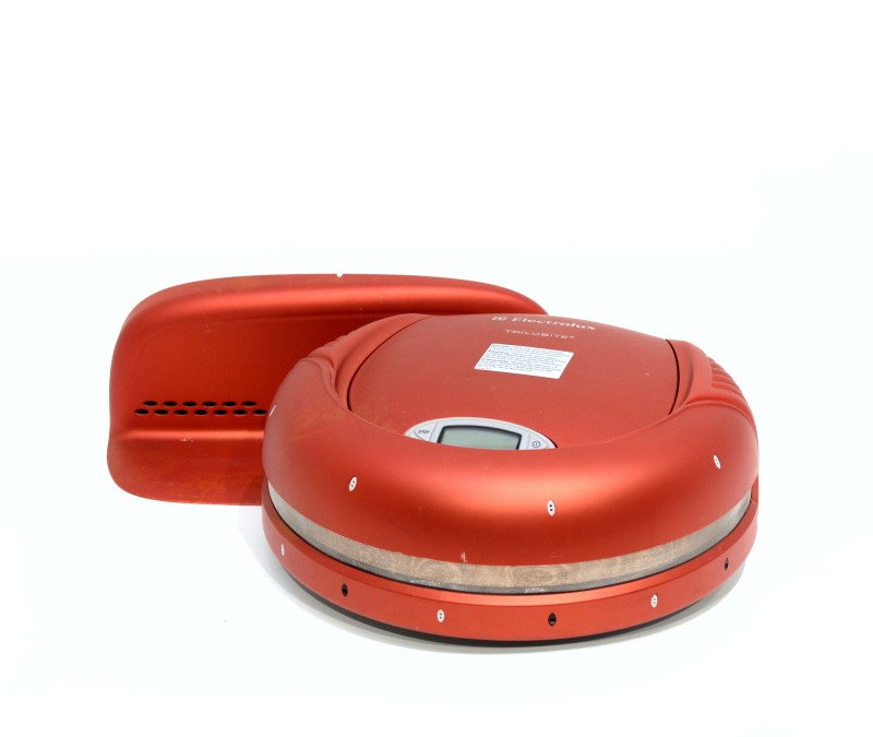 Electrolux Trilobite EL520 Robotic Vacuum Lceaner and Base Charger>
