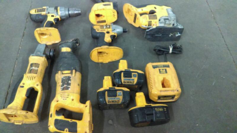 DEWALT Combination Tool Set DCK955XR