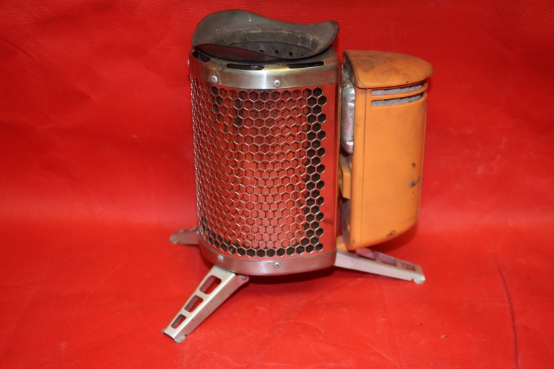 BioLite Bio Lite camp Stove Electricity & Cook USB charger Off Grid Power