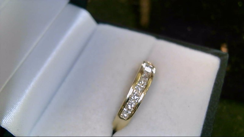 lady's 14k yellow gold princess cut diamond ring