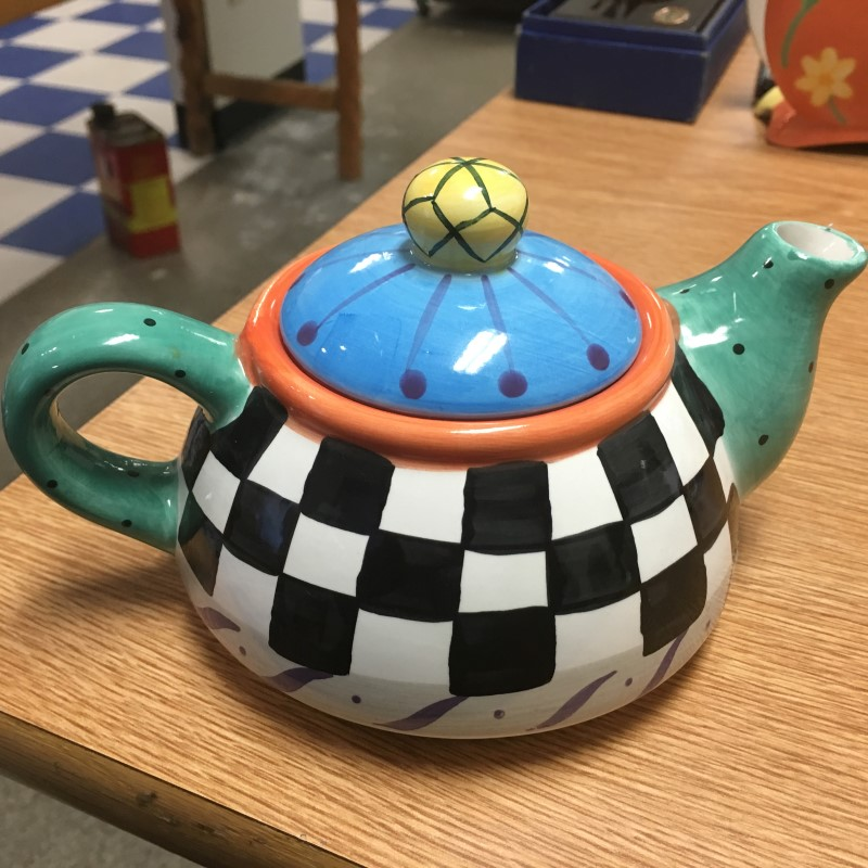 COLORFUL TEA POT