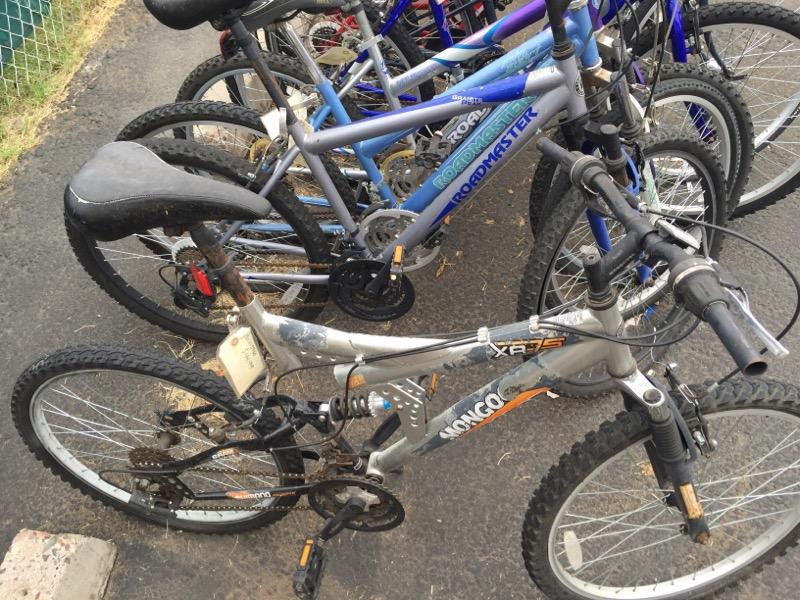 MONGOOSE BICYCLES Mountain Bicycle XR-75