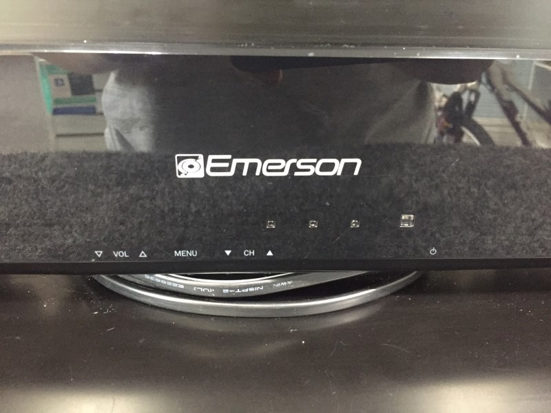 "Emerson 26"" Flat Panel 720p LCD 60Hz HDTV Television Model Number LC260EM2"