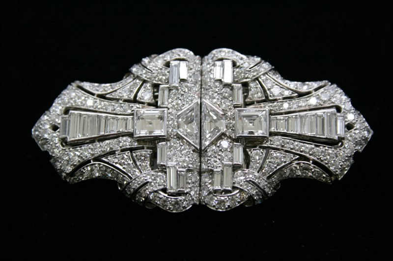 ANTIQUE STYLE DIAMOND BROOCH 18K WHITE GOLD WITH PLATINUM