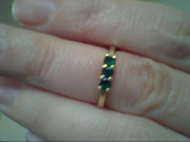 Green Stone Lady's Stone Ring 14K Yellow Gold 2.5g