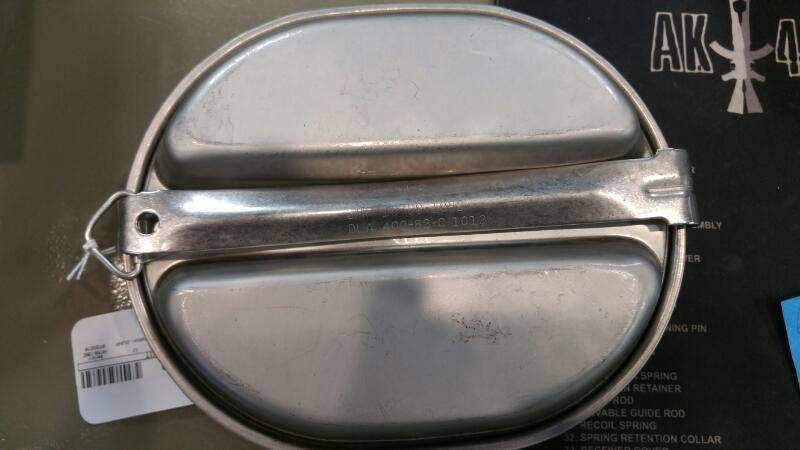 Collectible Plate/Figurine MESS KIT
