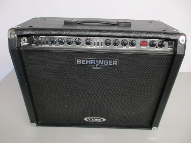 """BEHRINGER V-TONE GMX210 2x10"""" COMBO AMP"""
