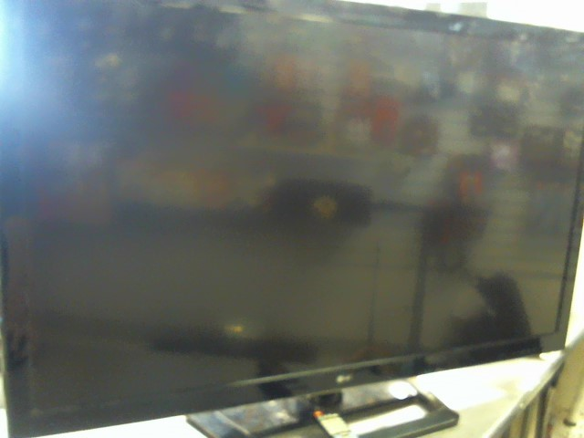 LG Flat Panel Television 50LS4000