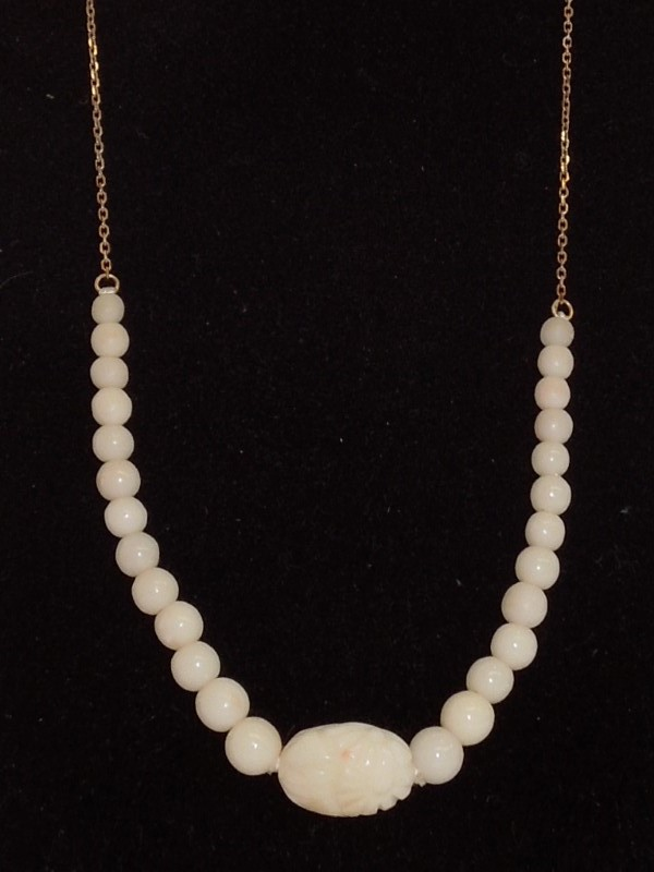 Synthetic Pearl Stone Necklace 18K Yellow Gold 5g