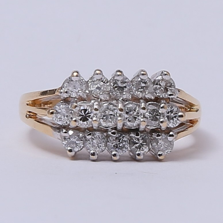 14K Yellow Gold Round Brilliant Diamond Cluster Ring Size 7.25